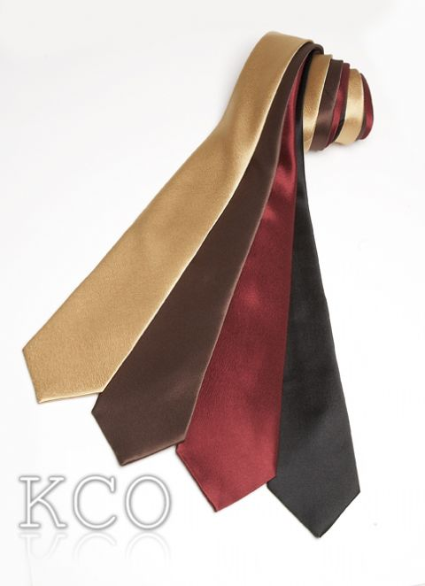 Long Tie Burgundy